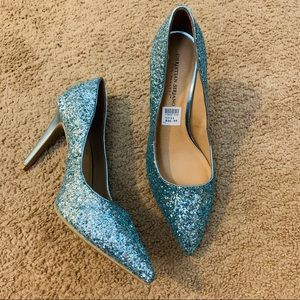 NWT Christian siriano sparkle light blue heels